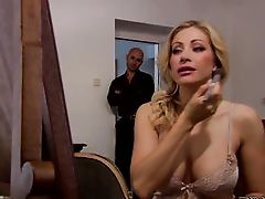 Vittoria is a classy milf from the high society that know how to act like a lady. This girl was out in the metropolis and had a great night but when t