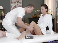 massage rooms mature