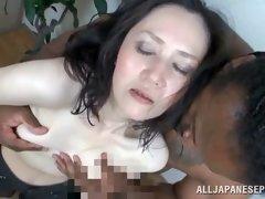amature mature boobs